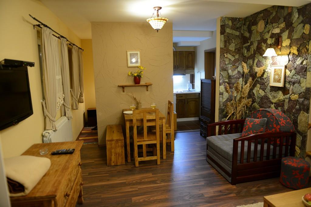 apartman 1 snezna kuca01 1 1