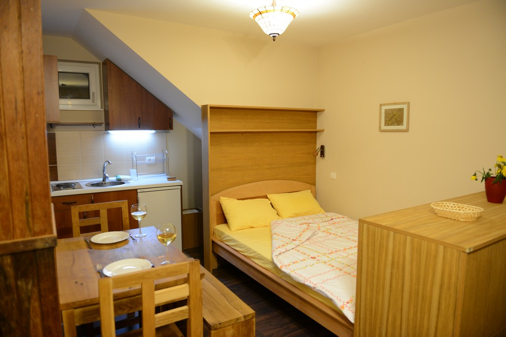apartman 3 snezna kuca04 1